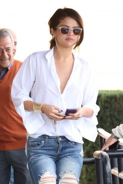 Selena Gomez nos dejó con la boca abierta al salir a desayunar co...