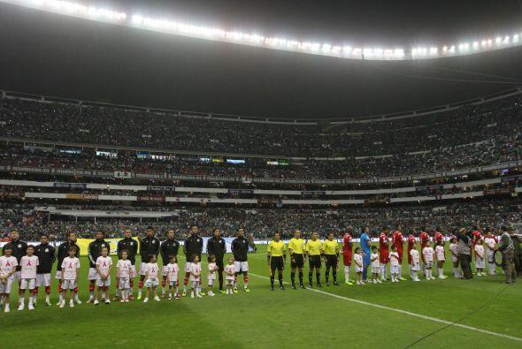 Este domingo la Selección Mexicana se verá las caras ante...