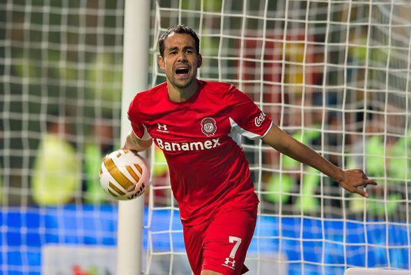 De grata memoria igual será el paraguayo Pablo Velázquez, campeón de gol...