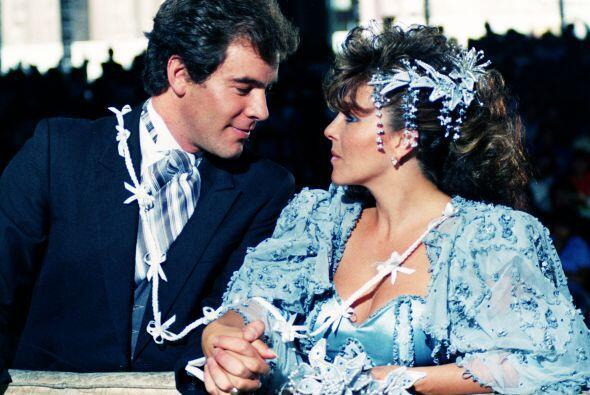 "En ""Rosa Salvaje"" Verónica hizo pareja con Guillermo Capetillo."