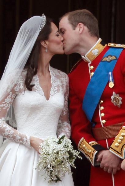 29 de abril de 2011  El príncipe Guillermo se casa con Kate Middl...