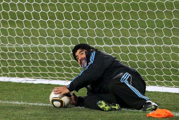 Además de marcar infinidad de goles, Diego se divirtió hac...