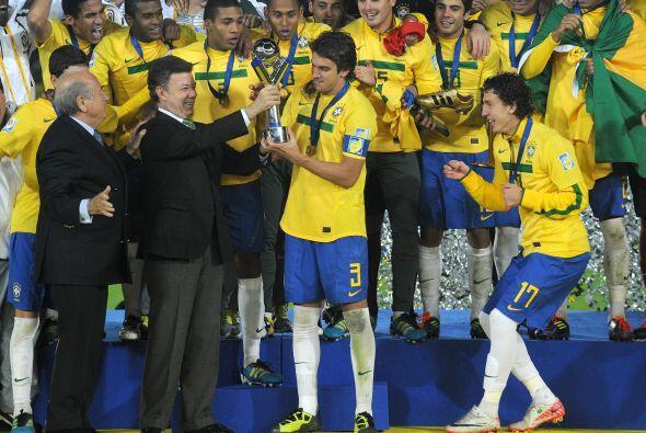 Bruno Uvini fue el capitán del Brasil Campeón Sub 20 en Colombia. Con 20...