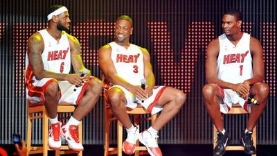 LeBron James, Dwyane Wade y Chris Bosh, dan de qué hablar desde antes de...