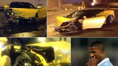 El Lamborghini del jugador quedó destrozado.