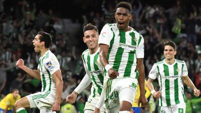 En fotos: Betis obtuvo milagroso triunfo contra Las Palmas en el remate del partido
