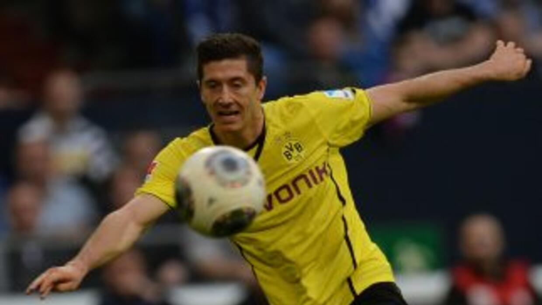 Luego de la novela sobre su posible paso al Bayern, Lewandowski dejaría...