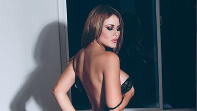 Las sensuales fórmulas de Laura Madrid para encontrar su perfección