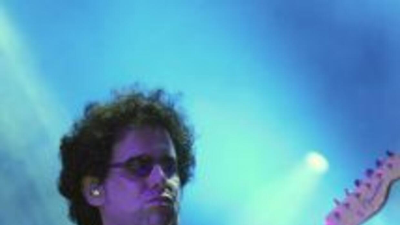 El rockero argentino Andrés Calamaro provocó dos horas de euforia en Mia...