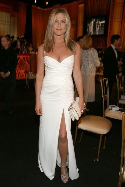 9.- Aniston tiene su lado salvaje, después de dejar a Pitt, en un moment...