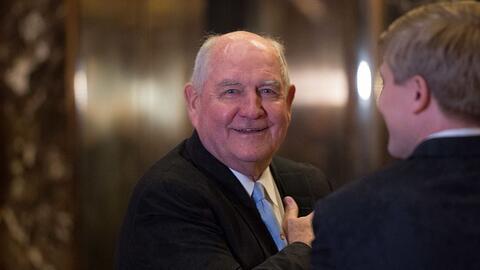 Perdue hizo historia al convertirse en 2003 en el primer gobernador repu...