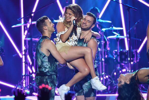 Sofía Reyes tuvo un número musical muy sexy y divertido cu...