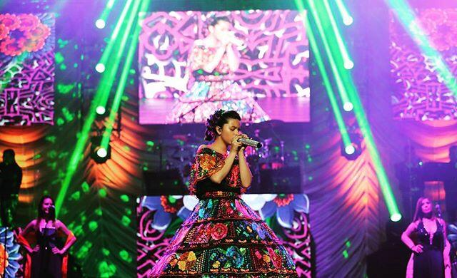 La hija de Pepe Aguilar está debutando en el mundo de la música.