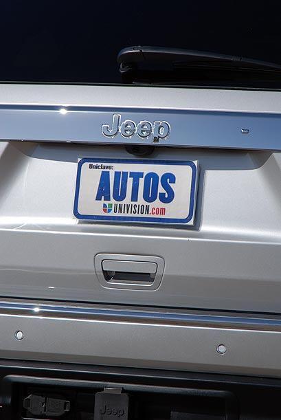 El precio del Jeep Grand Cherokee 2011 está reducido un promedio de $500...