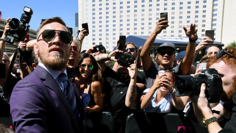 Mayweather y McGregor pisaron Las Vegas y encendieron la ciudad