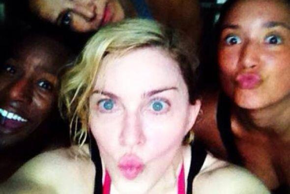 Madonna no tiene el cutis de estas veinteañeras, pero también se atrevió...
