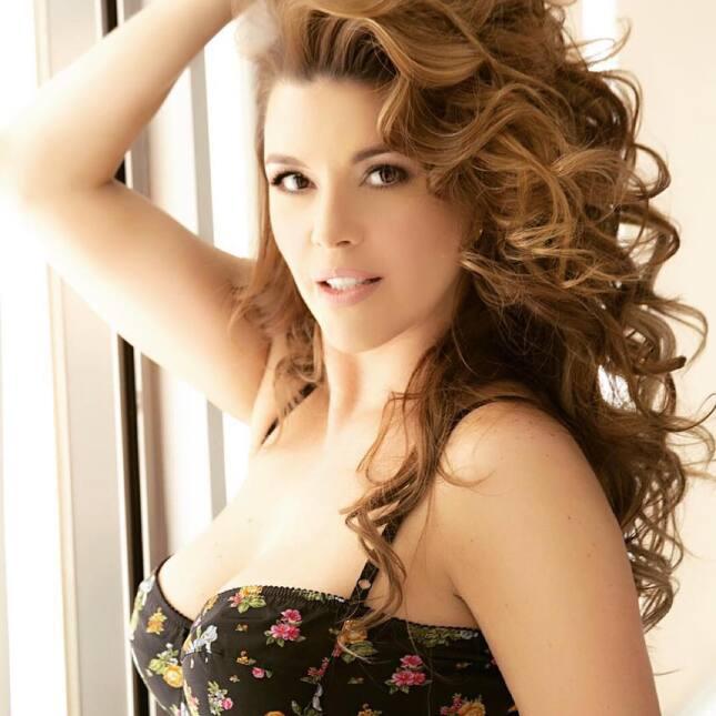 Alicia Machado cumple 21 años de ser reina de belleza 12070593_169056721...