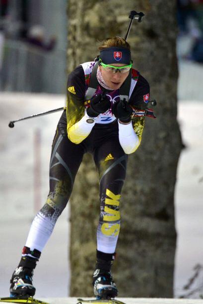 La biatleta eslovaca Anastasiya Kuzmina revalidó el oro conquistado hace...
