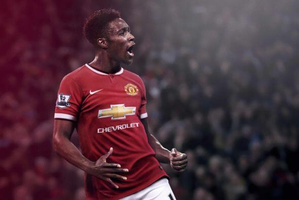 Manchester United lanzó su nuevo uniforme de local para la tempor...