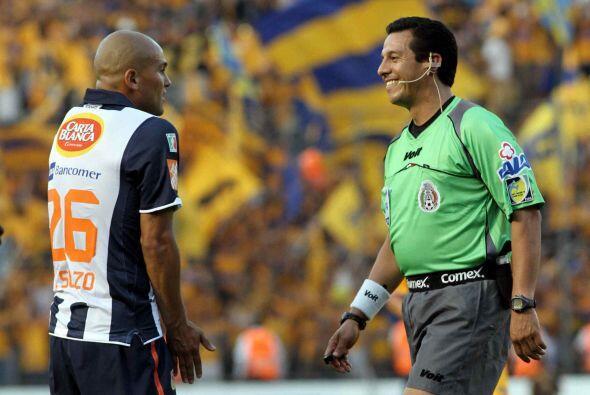 Humberto Suazo también la oportunidad de cerrarle la boca a la afición t...