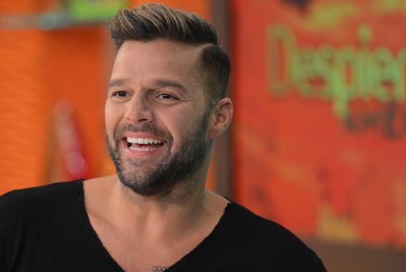 Ricky Martin siempre está a la moda y esa barba lo mantiene en la jugada.