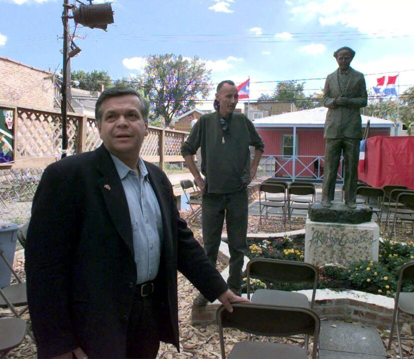 José López, hermano de Oscar, prepara en Chicago el recibimiento de los...