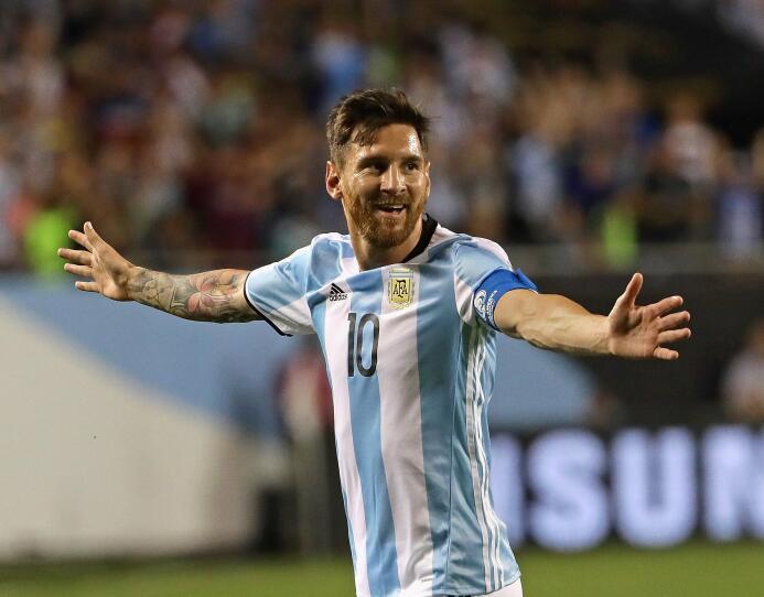 Los cambios de 'look' de Lionel Messi, de promesa hasta superestrella Ba...