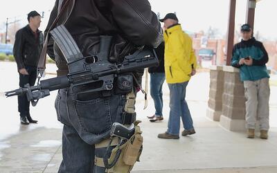 Activistas a favor de las armas.
