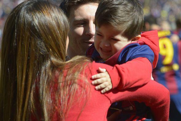 Messi quería tomarse la foto junto a su hijo.