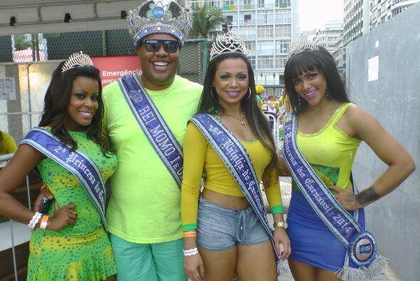También se encontró con la realeza del carnaval de Río 2014. Sin duda so...