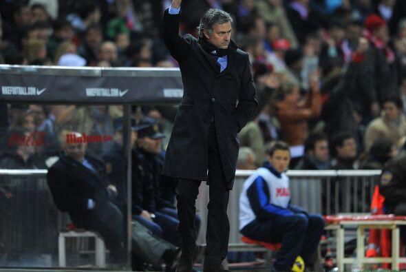 José Mourinho no estaba tranquilo y le pedía máxima...