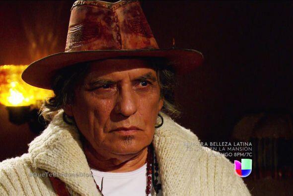 Es momento de enterrar a su mejor amigo don Melitón, el padre Francisco...