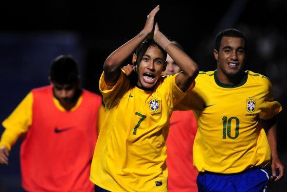 Al vencer 3-1 a Colombia, Brasil sigue como único puntero del Gru...