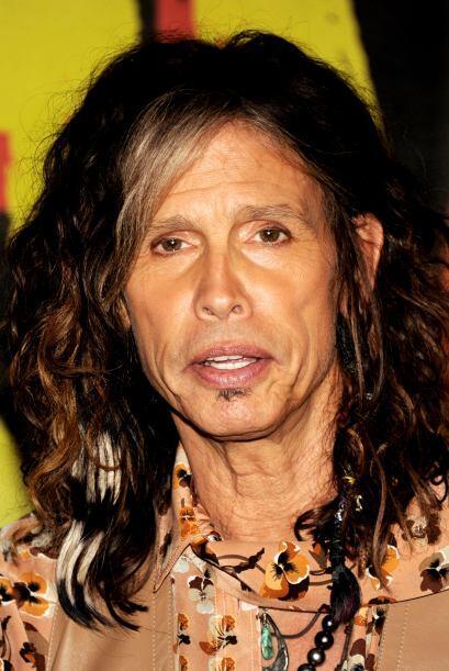 Con la edad Steven Tyler ha adoptado el 'look' de una tía locochona.