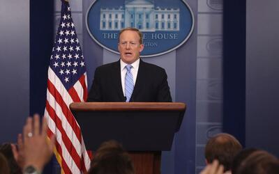 Sean Spicer en su conferencia de prensa del 26 de junio.