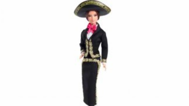 La legendaria muñeca está lista para celebrar el 15 de septiembre y repr...