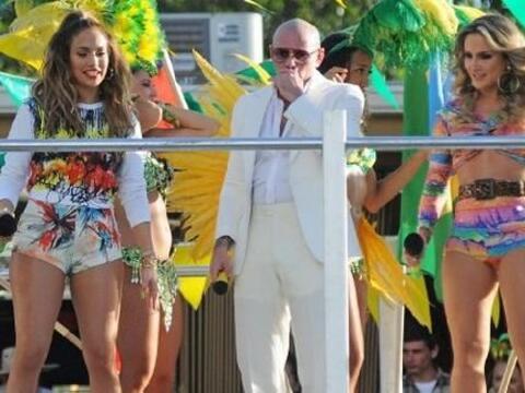 Pitbull, Jennifer Lopez y la brasileña Claudia Leitte grabaron la...