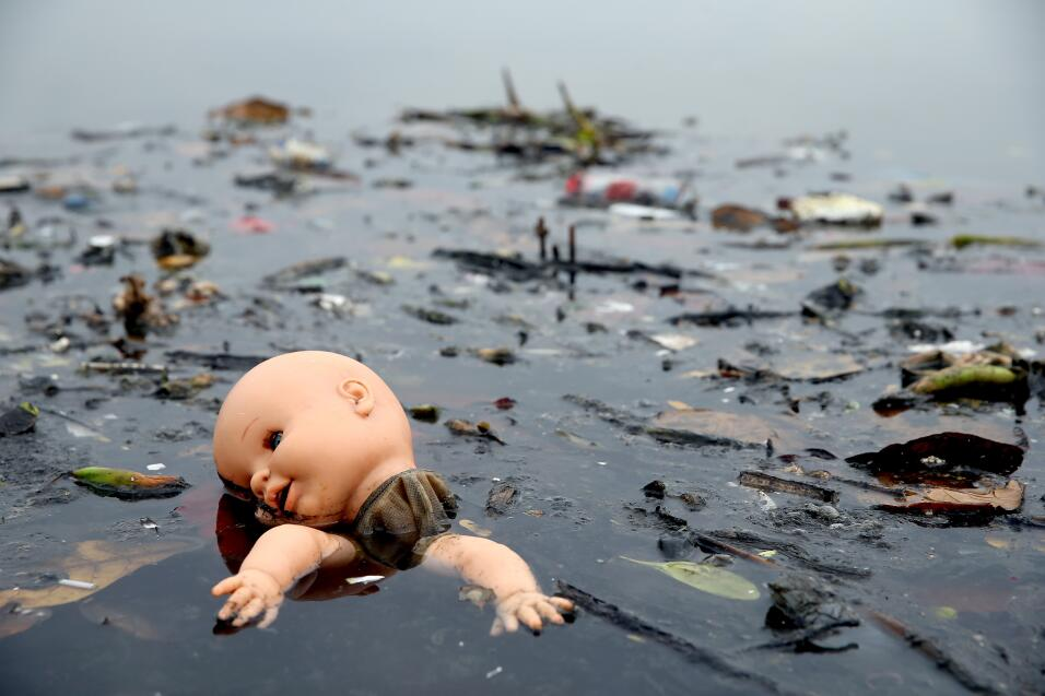 En la Bahía de Guanabara, Río de Janeiro, existen ríos donde desemboca l...