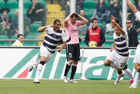 El brasileño André Dias se encargó de abrir el marcador.