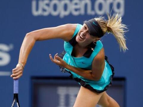 La rusa Maria Sharapova vino de atrás tras ceder el primer set y...