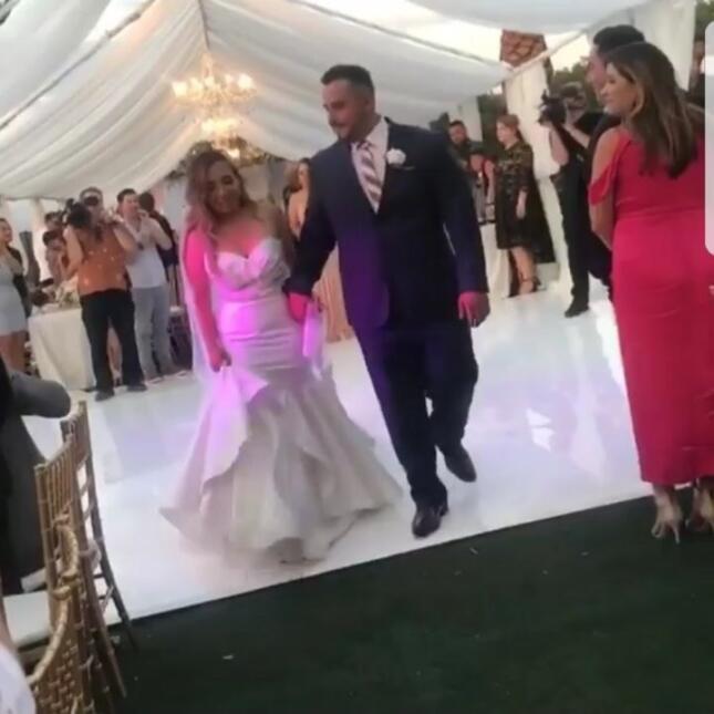 Baile de Juan Rivera en su boda