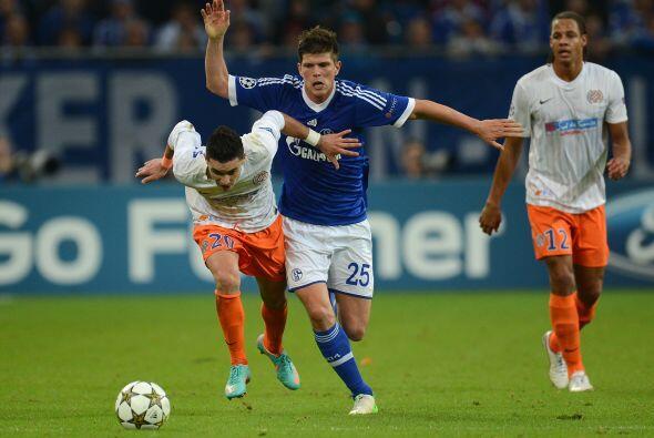 Schalke 04 fungió como local en el duelo ante el Montpellier francés.