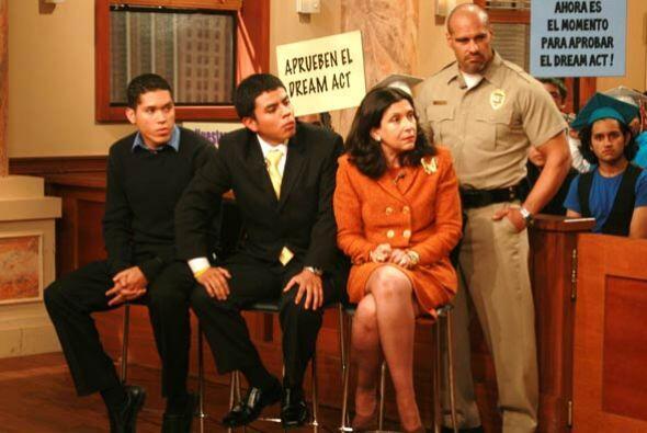 Julio Calderón y José Salcedo se unen para defender el 'Dream Act'.