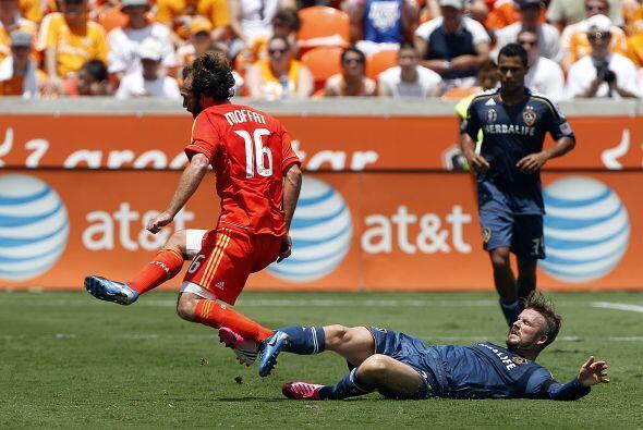 E Dynamo le propinó una dolorosa derrota al Galaxy después de que los an...