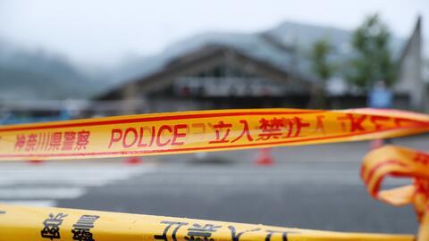 La policía de Osaka detuvo a los padres bajo el cargo de abandono...
