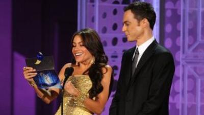 Sofía Vergara al anunciar un premio Emmy con Jim Parsons, para el Mejor...