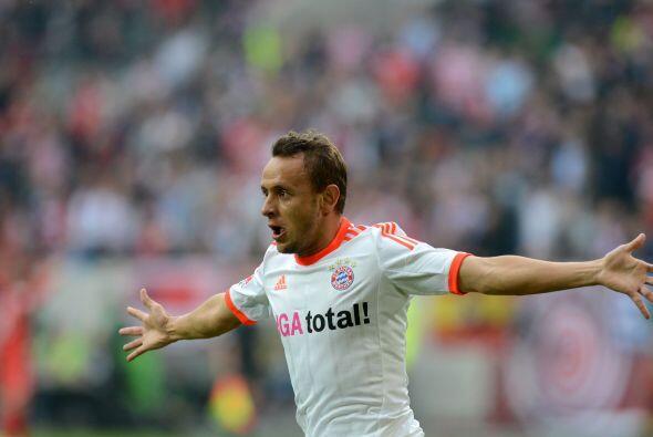 Brasileño que triunfa en la Bundesliga, aparece el lateral Rafinha del B...