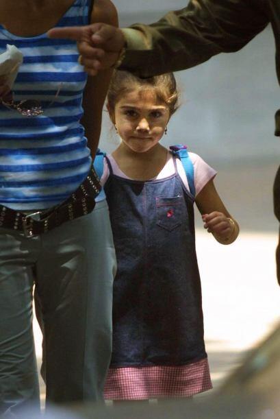 Lourdes María es la hija que tuvo con Carlos León. La nena...
