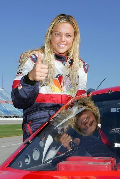 Ahora que si se trata del automovilismo, ella no pierde su pasión ni su...