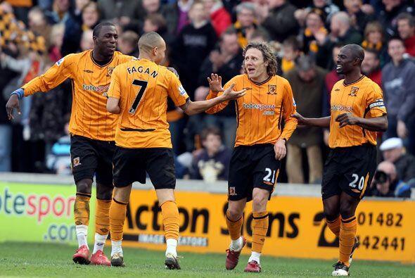 También ganó por 2-0 el Hull al Fulham.